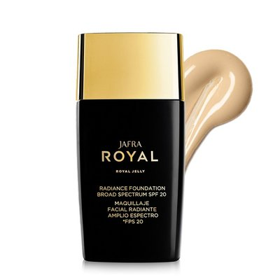 Royal Jelly Radiance Foundation SPF 20 Bare L6