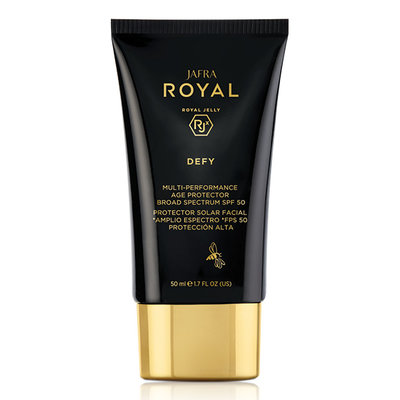 JAFRA ROYAL Defy Multi-Performance Age Protector Broad Spectrum SPF 50